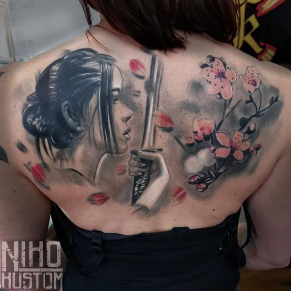 tatouage femme samourai asiatique